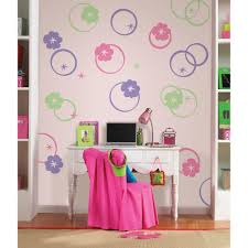 wallpops 13 in x 13 in paisley please dot red pink 8 piece pink hooplah circles 8 piece wall decals