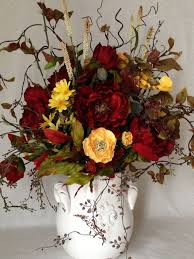 Shabby Chic Flower Arrangement by 55 Best French Country Floral Arrangements Images On Pinterest