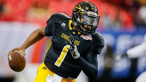 what sizable city always celebrates halloween on october 30th grambling state qb devante kincade is ready for his close up