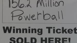 black friday madison wi milwaukee woman wins 156 million powerball jackpot wkow 27