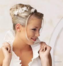 Hochsteckfrisurenen Hochzeit Mit Diadem Und Schleier by Hochsteckfrisuren Hochzeit Mit Schleier Und Diadem Die Besten