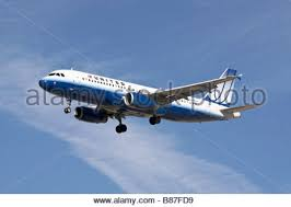 United Airline Stock An Airbus A320 Of United Airlines On Finals Stock Photo Royalty