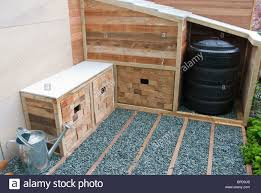 storage solutions for outdoors organization for trash or compost
