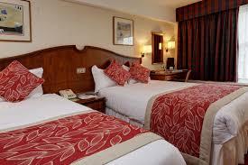 Best Western Welwyn Garden City Homestead Court Hotel - Hotel bedroom furniture