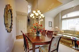 hauteur plafond chambre chambre classique dning élégant avec salon et hauteur sous