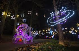 zoo lights memphis 2017 10 ways to give back to memphis this month december 2017 i love
