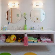 bathroom decor for kids with white wall ideas home how to décor your kids bathroom interior designing ideas