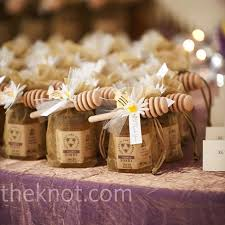 honey favors honey and praline favors