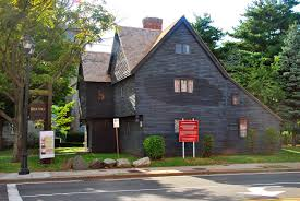 the witch house wikipedia