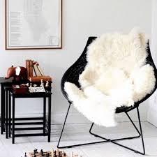 jeté de canapé ikea on fait quoi avec notre peau de mouton ikea maison