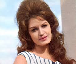 nice hairstyle for woman late 50s vintage hairstyles fashion celebrity