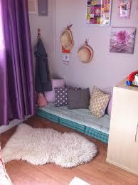 chambre d agathe photo 3 10 le coin lecture avec matelas de