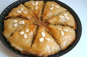 recette cuisine marocaine facile recette de la pastilla marocaine aux amandes et au poulet