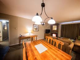 Whistler Hotel Two Bedroom Suites Tantalus Lodge - Hotels that have two bedroom suites