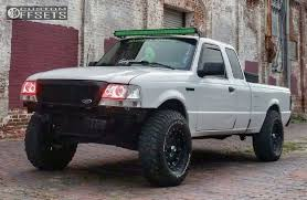 ranger ford lifted 1998 ford ranger xd hoss fabtech suspension lift 3in
