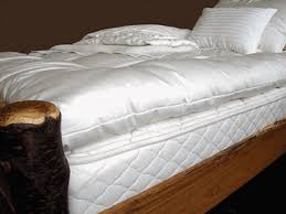 holy lamb organics wool pillows comforters toppers u0026 moisture