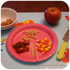 thanksgiving treats for toddlers kid u0027s thanksgiving activity a turkey snack the chirping moms