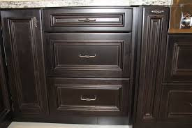 How To Tell If Your Custom Kitchen Cabinets Are High Quality By - Custom kitchen cabinets mississauga
