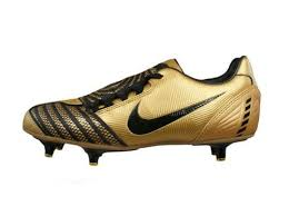 amazon canada s boots nike total 90 shoot ii sg mens soccer boots cleats gold size
