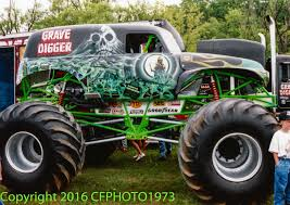 monster truck crash videos grave digger 3 monster trucks wiki fandom powered by wikia