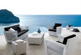 coffe table outdoor sofa small patio furniture sunroom garden