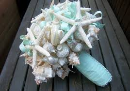 wedding bouquets with seashells 35 wedding bouquets destination wedding details