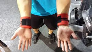 5 tips for using wrist wraps invictus redefining fitness