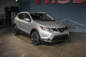 nissan rogue lease price 2017 nissan rogue sport starts at 22 380 motor trend