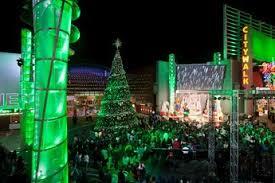 christmas light show los angeles citywalk tree lighting la dec holiday party earth