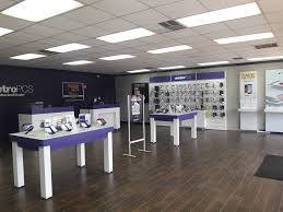 lasalle st charlotte nc metro pcs authorized dealer giant
