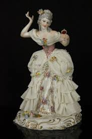 Home Interior Porcelain Figurines by 185 Best Figurines Images On Pinterest Figurine Bone China And