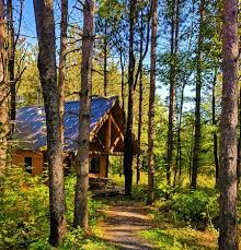 Treehouse Camping Quebec - 5 amazing campsites in quebec best camping sites in quebec
