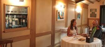 credenza ristorante il ristorante la credenza lancia il servizio senza pensieri