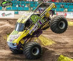 themonsterblog monster trucks obsession racing