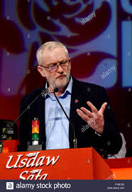 jeremy corbyn leader of the labour party addresses the usdaw stock