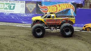 la county fair monster truck wrecking crew monster truck wheelie contest monster jam columbus