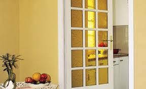 remplacer porte cuisine renover une porte interieure inspiration design comment renover une