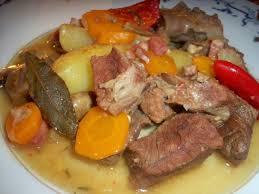 cuisiner du paleron de boeuf recette facile bœuf paleron mijoté au piment d espelette canal