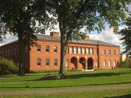 amherst college file amherst college buildings img 6514 jpg wikimedia commons