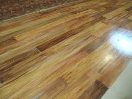 Hardwood Flooring Vs Laminate Fake Hardwood Floor Laminate Vs Hardwood Flooring Difference And