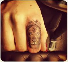 finger tattoo lioness and lioness finger tattoos www pixshark with 28 more ideas