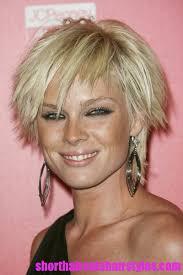 shaggy fine hair bobs short shaggy haircuts for fine hair cute chin length hairstyles for