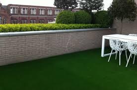 balkon kunstrasen balkon dachterrasse kunstrasen für alle zwecke kunstrasen de