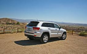 long jeep 2011 jeep grand cherokee long term update 7 motor trend