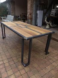 table de cuisine en fer forgé table bois mètal design industriel sur mesure mobilier industriel