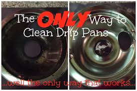 the best way to clean drip pans