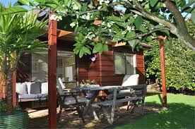 Backyard Bar Takapuna Milford North Shore Cottage Accommodation Lavender Cottage