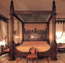 Best  Antique Bedrooms Ideas Only On Pinterest Dark Wood - Antique bedroom design