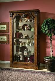 Pulaski Furniture Curio Cabinet by 38 Best Curio Cabinets Images On Pinterest Curio Cabinets