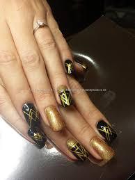 black and gold art deco gatsby inspired nails nailart nail